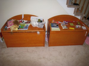 toy box, clutter, organize