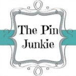 pin junkie linky party button
