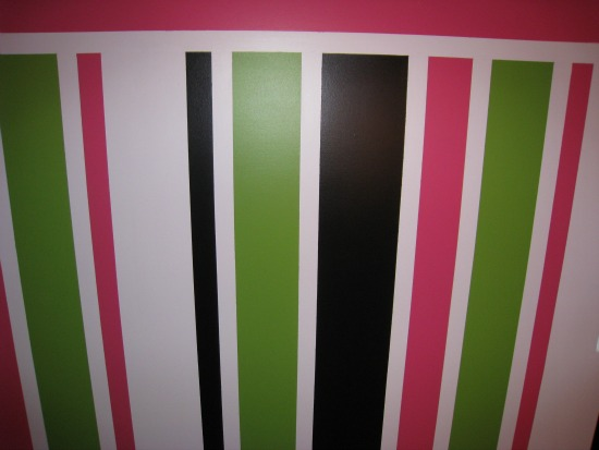 white, pink, black, green, painted, stripe, walls
