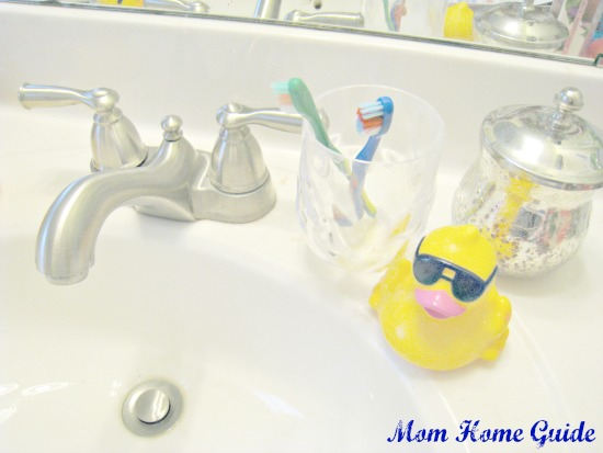 bathroom, rubber ducky