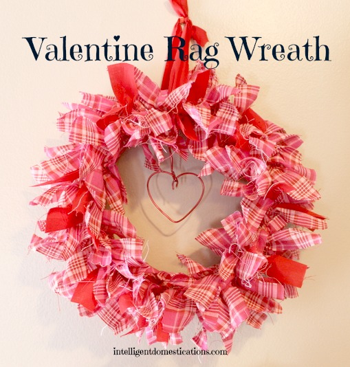 DIY valentine rag wreath craft