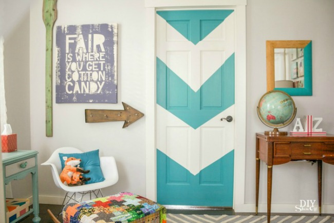 DIY Color Block Door by DIY Showoff