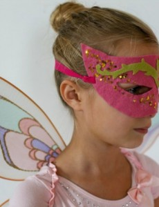 Holiday Craftacular: Fairy Mask by The Dempster Logbook