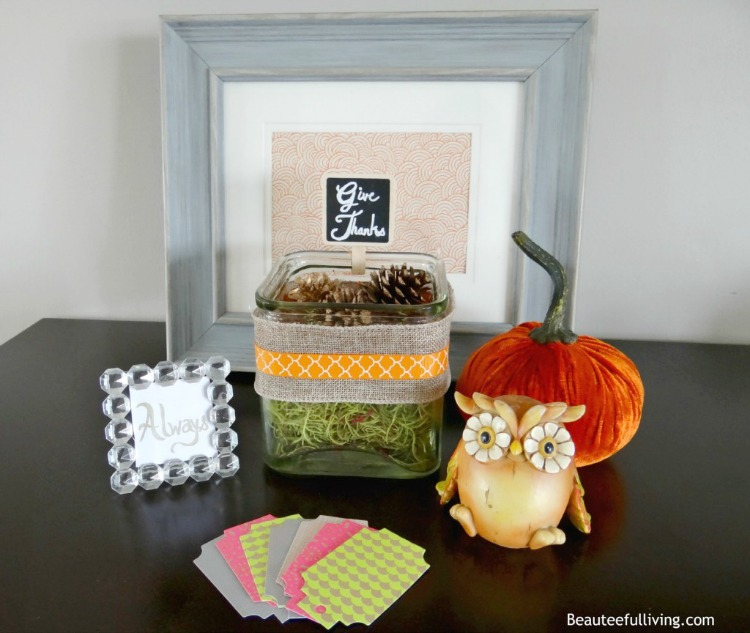 Give Thanks display by Tee of Beauteefulliving
