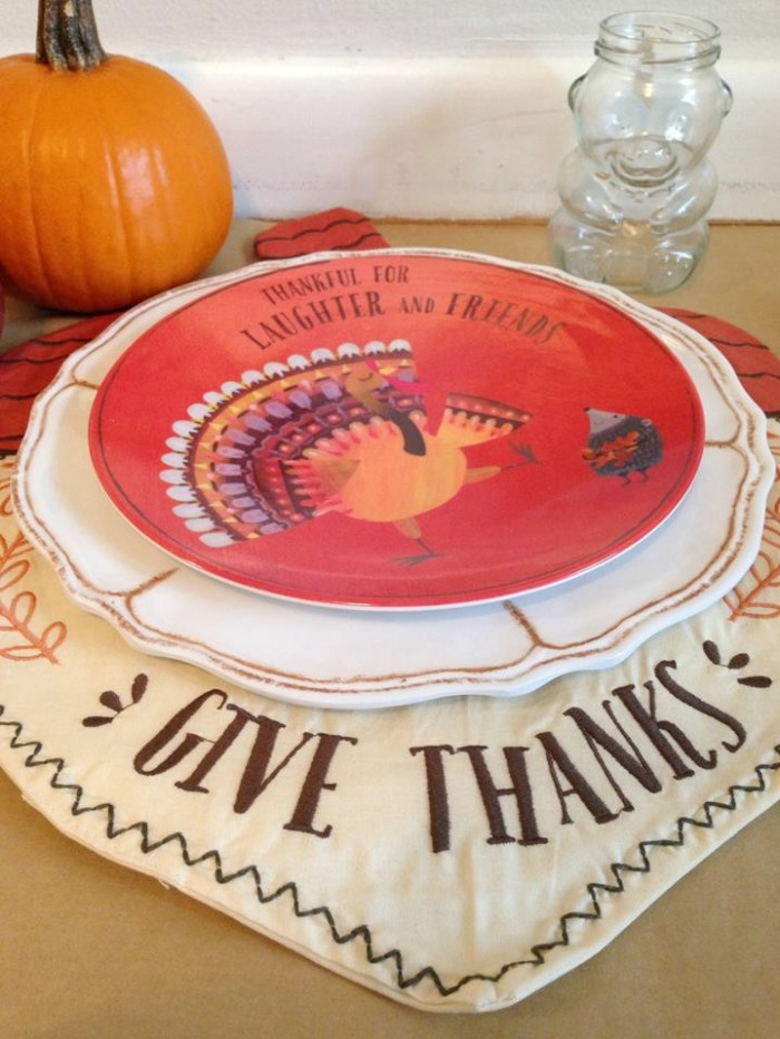 I adore this Pottery Barn Thanksgiving inspired tablescape!