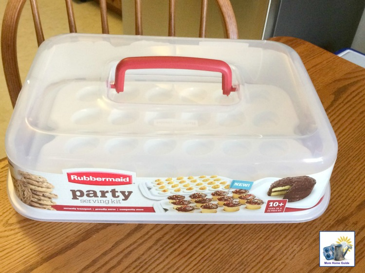The Rubbermaid Party Serving Kit is great for bringing food items to holiday dinners and potlucks.