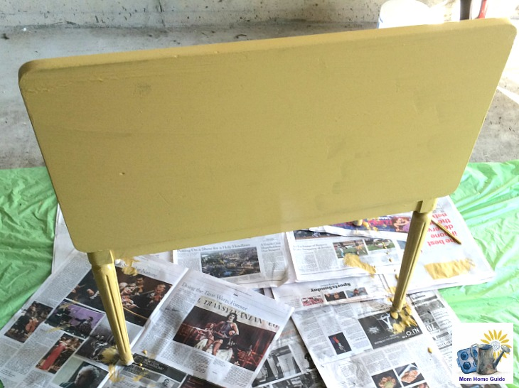 chalk painted piano bench with Chalkworthy paint