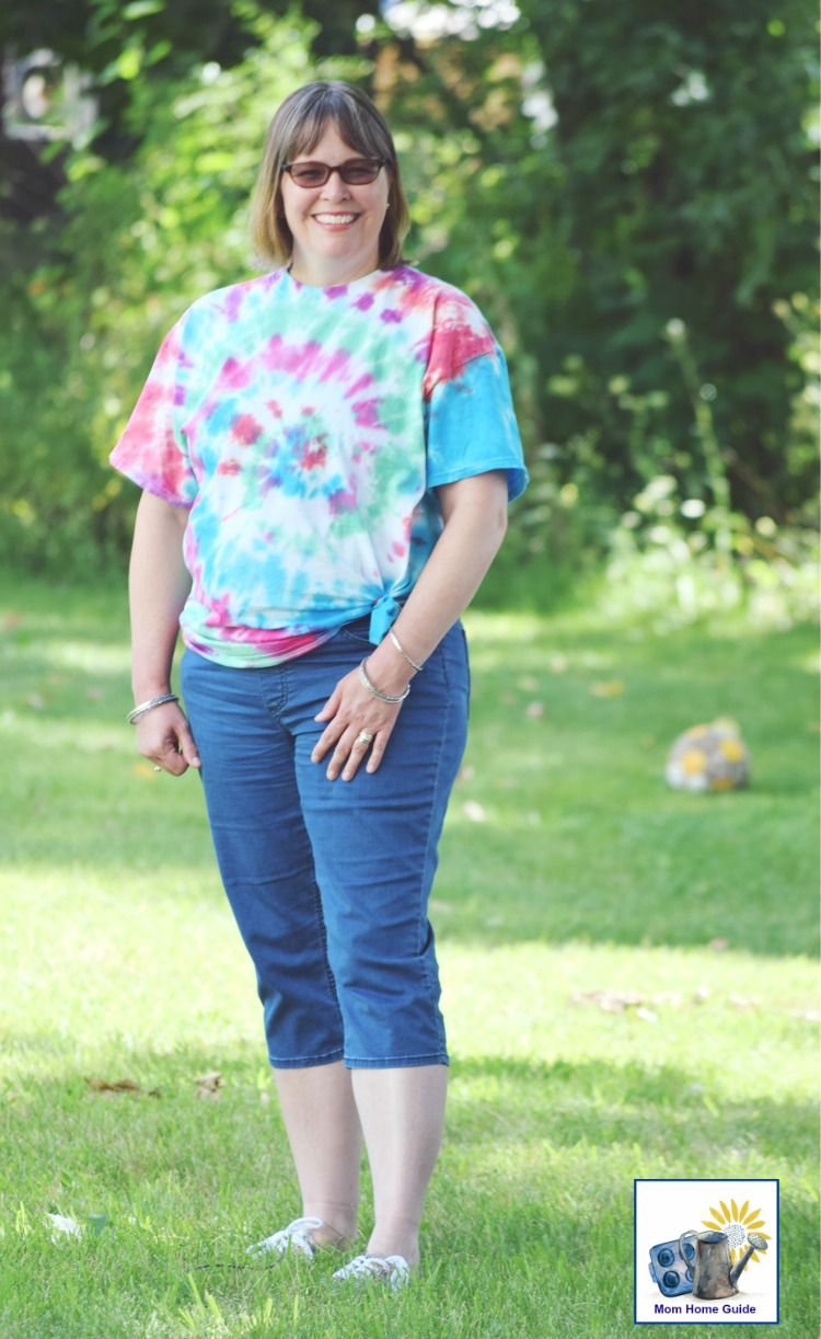 tie dying shirts is a fun summer activity to do with the kids