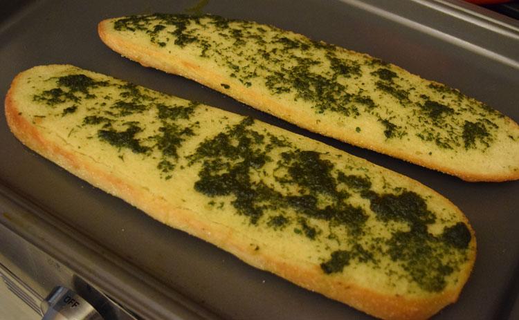 Fresh basil garlic bread recipe