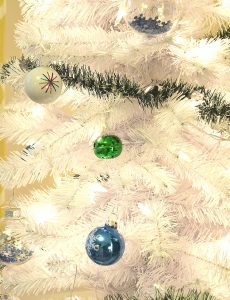 White Christmas Tree & Treetopia $100 Giveaway