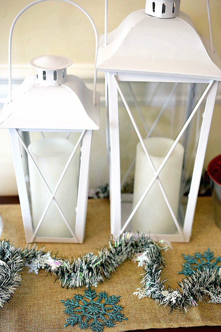 white holiday Christmas lantern set