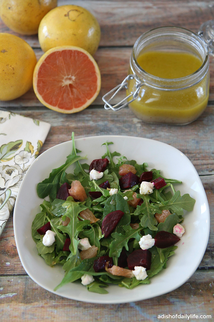 salad with beets, grapefruit and goat cheese