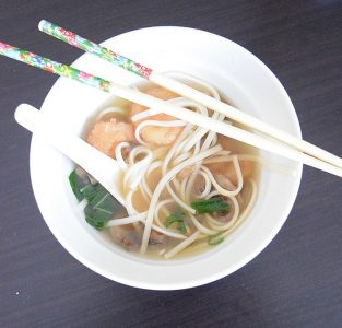 Japanese shrimp udon soup recipe