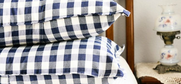 How to Make Pillow Shams & The Creative Corner Link Up