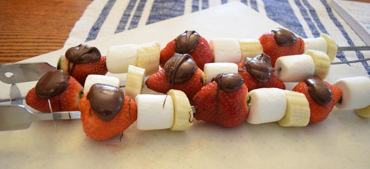 Chocolate strawberry marshmallow dessert skewers