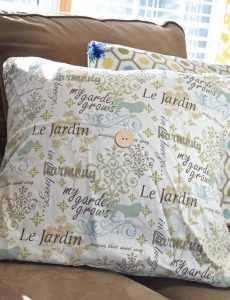 DIY spring envelope pillow covers