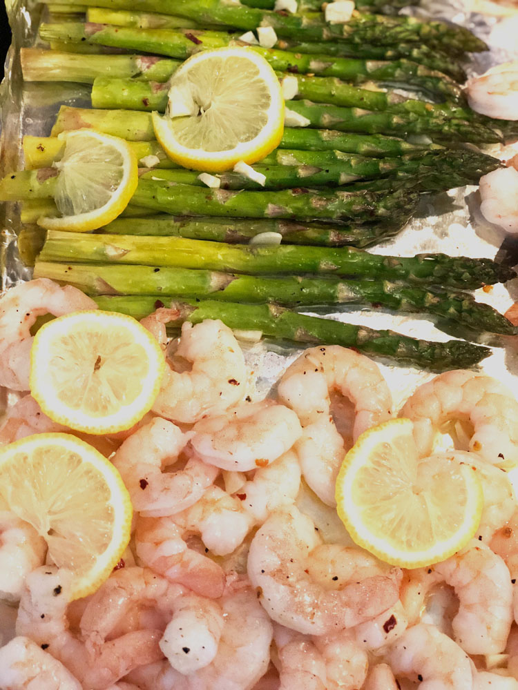 sheet pan roasted shrimp and asparagus dinner - a quick and easy meal