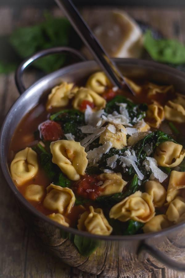 delicious tortellini soup recipe