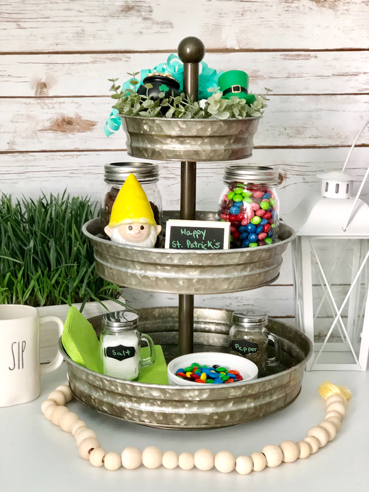 I love how this farmhouse-style galvanized tiered tray has been decorated for St. Patrick's Day.