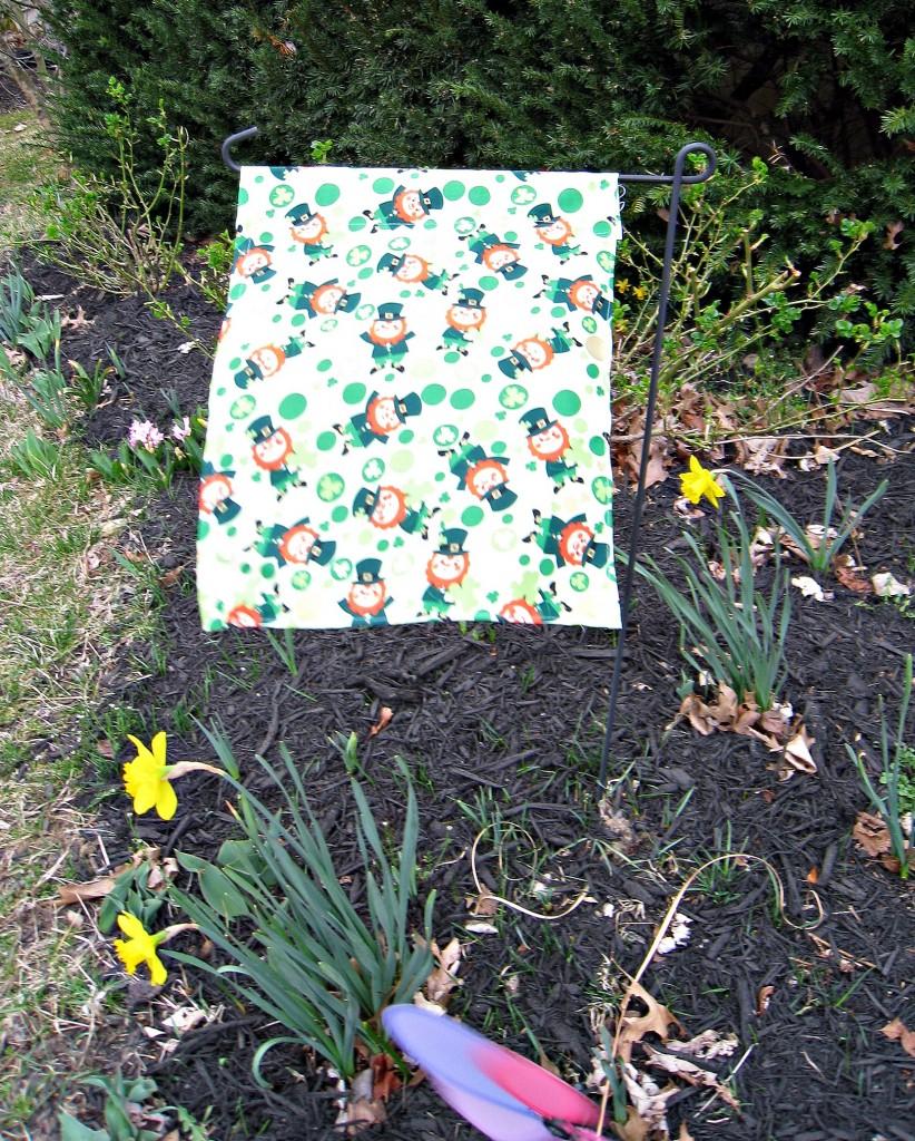 St. Patrick's Day garden flag