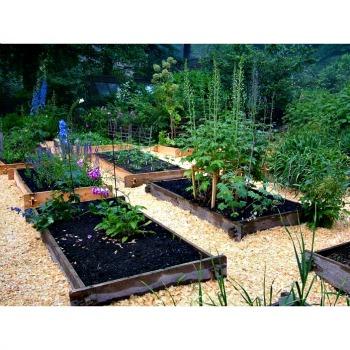 Earth Easy raised garden beds