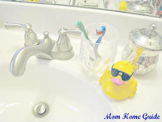 bathroom, rubber ducky