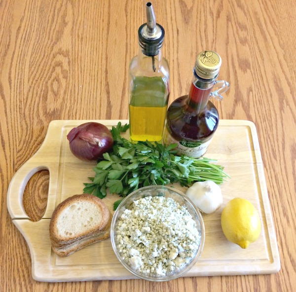 marinated blue cheese and onion appetizer spread ingredients