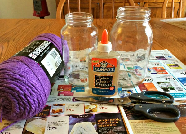 craft supplies for yarn flowers and vase