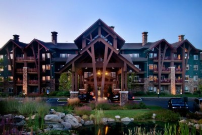 The Grand Cascades Lodge at Crystal Springs