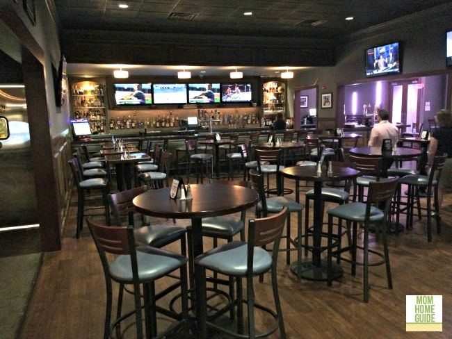 iplay America features a bar & grill and can be a fun party spot for moms and dads, too!