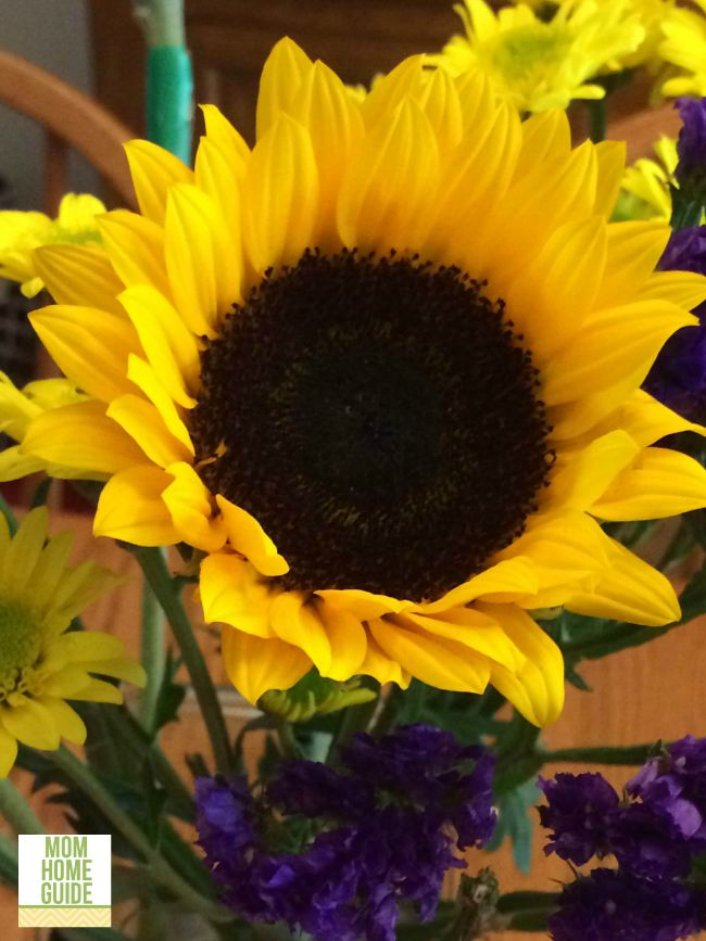 I love this beautiful sunflower bouquet!