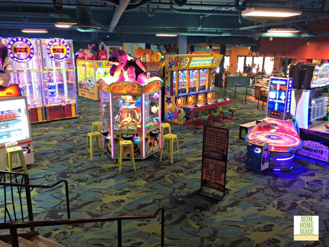 The arcade area at the Kalahari resort in the Pocnocos offers tons of family fun and even a mini bowling alley!