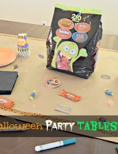 Create and easy Halloween tablescape with Kraft paper, Hershey's candy, magic markers, Halloween die-cuts and stencils!