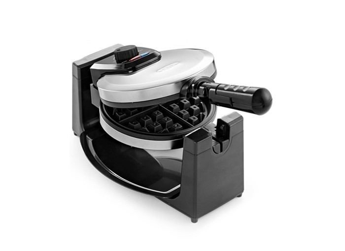 I would love to have this waffle maker to make my family waffles in the morning!