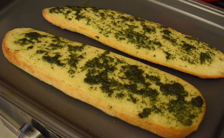 Fresh basil garlic bread recipe