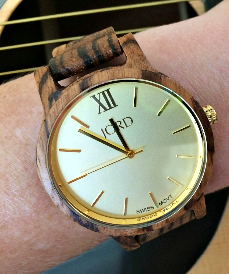 I love my new JORD wood watch, which has wood on the batch of the watch and doesn't bother my nickel allergies