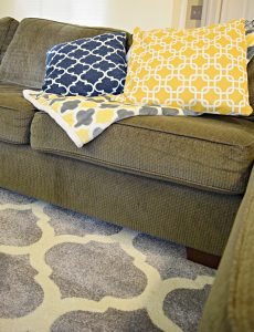 I love the new plush geometric rug from Rug Expedition for my family room!