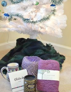 GlobeIn Artisan Gift basket for Christmas