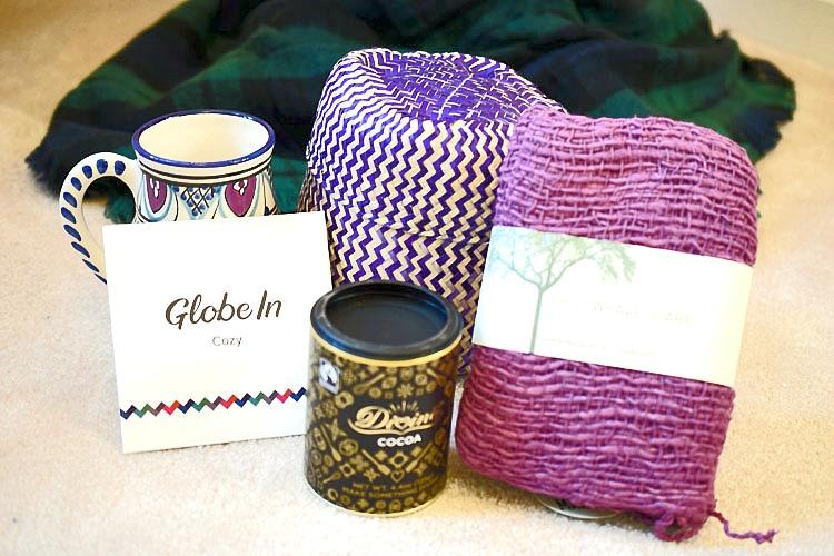 Cozy GlobeIn Artisan box