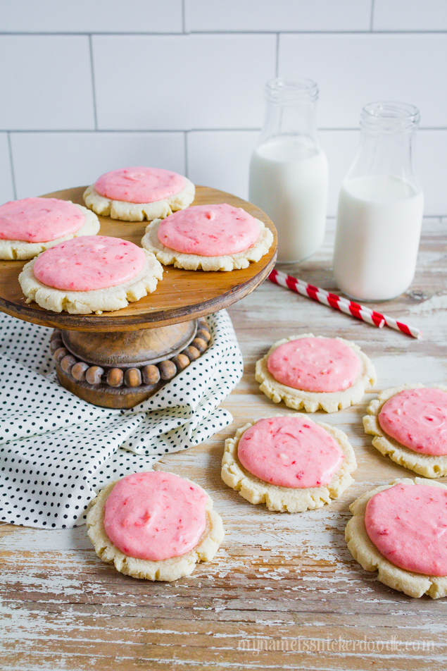 strawberries and cream sugar cookies recipe by Lolly Jane