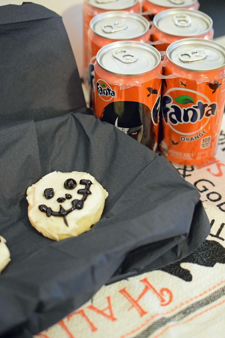 Recipe for fun iced Halloween skeleton sugar cookies