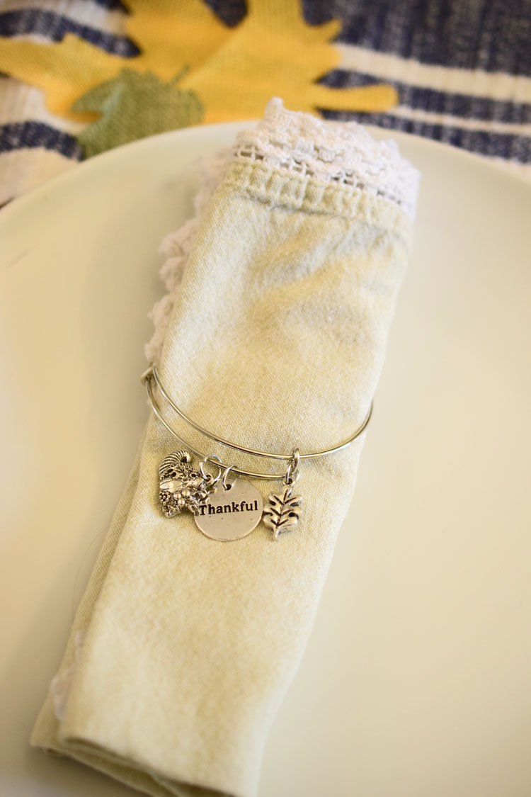 Thanksgiving napkin rings made from bangle bracelets
