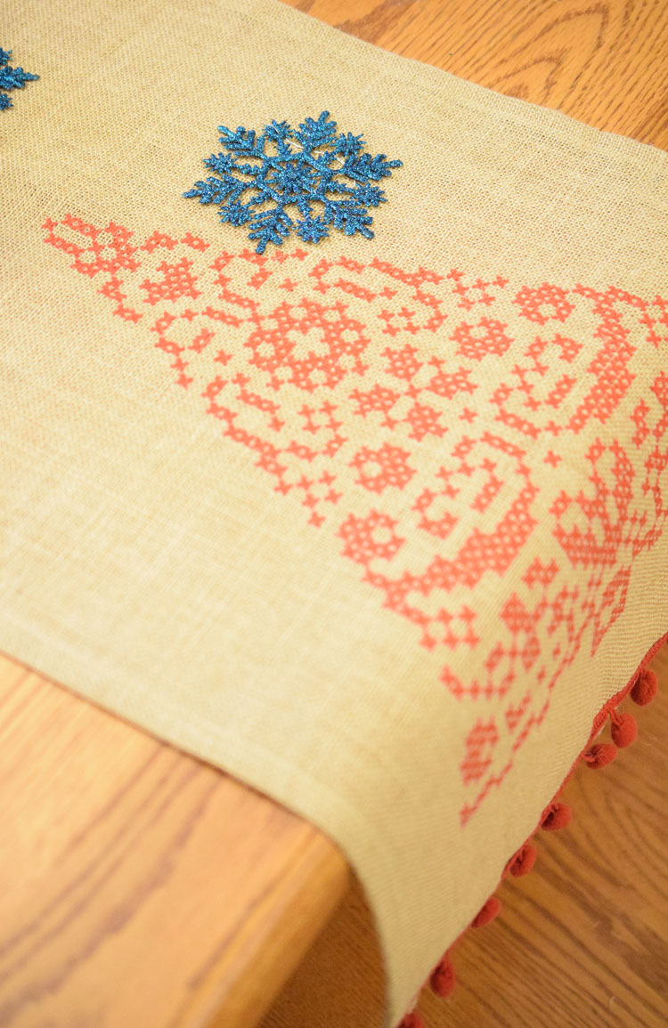 burlap Christmas tree table runner