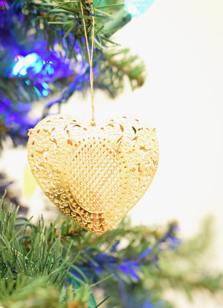 gold filigree heart ornament