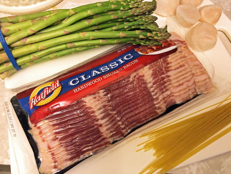 ingredients for bacon wrapped scallops with asparagus and angel hair pasta