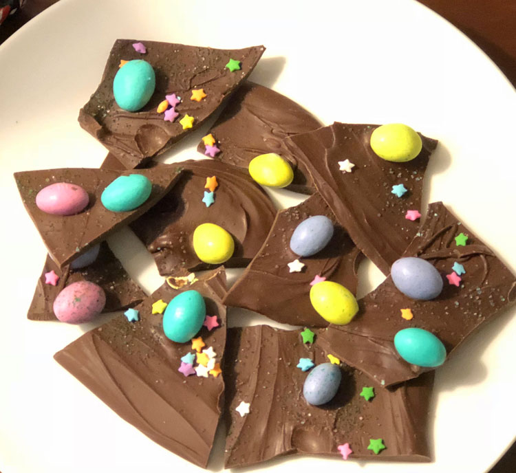 easy Easter egg bark recipe