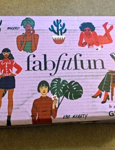 Spring 2018 Fab Fit Fun box review