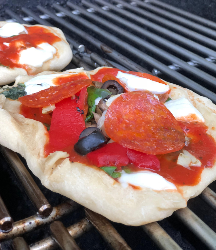 grilled personal pizza recipe