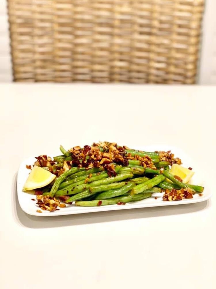 Delicious and easy recipe for green beans almandine