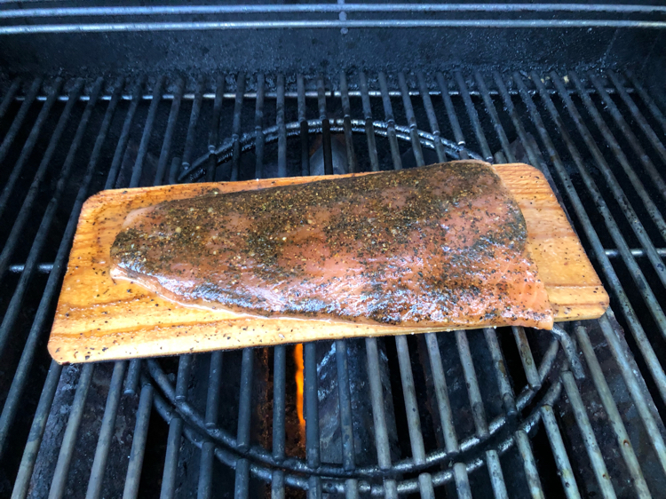 how to grill fresh salmon on a cedar plank on a grill